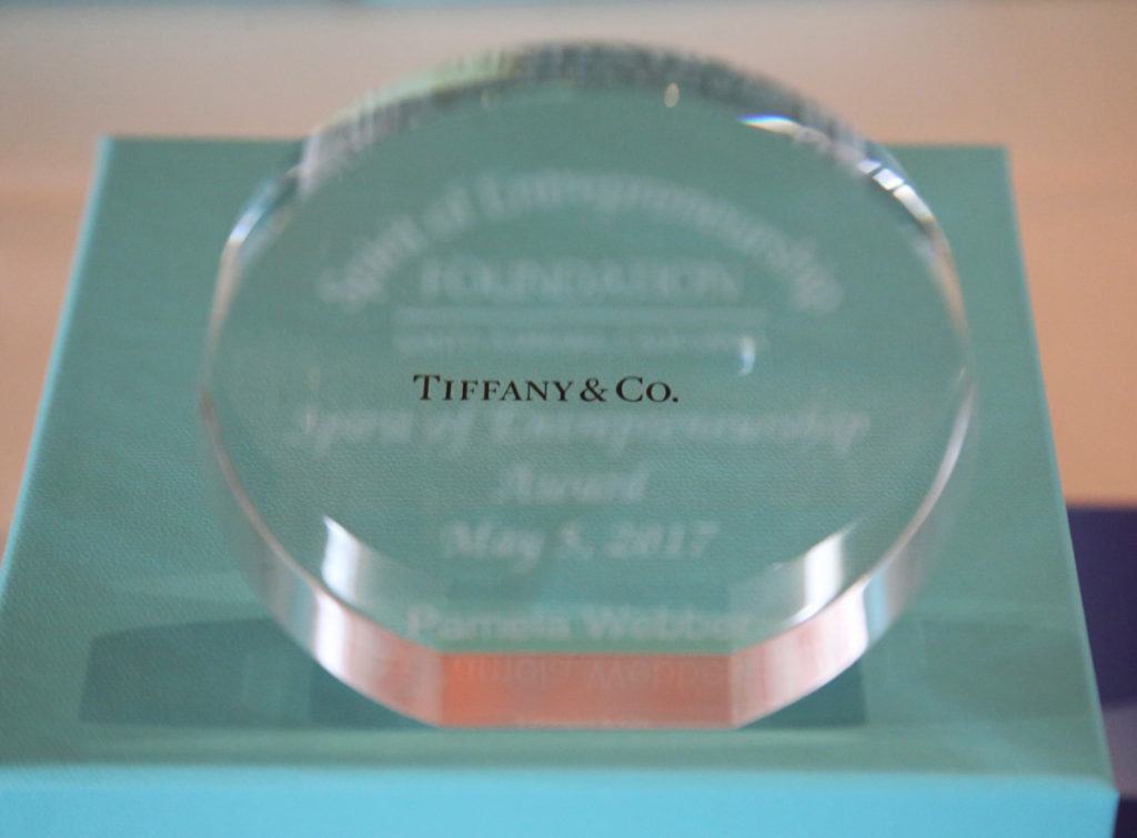 2017_45-TiffanyAwardPamBlur-Box